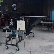 Llenadora de bolsas para sustratos aplicación en viveros de reforestación