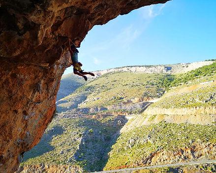 fred-nofoot-diagorascave-kalymnos-climbi