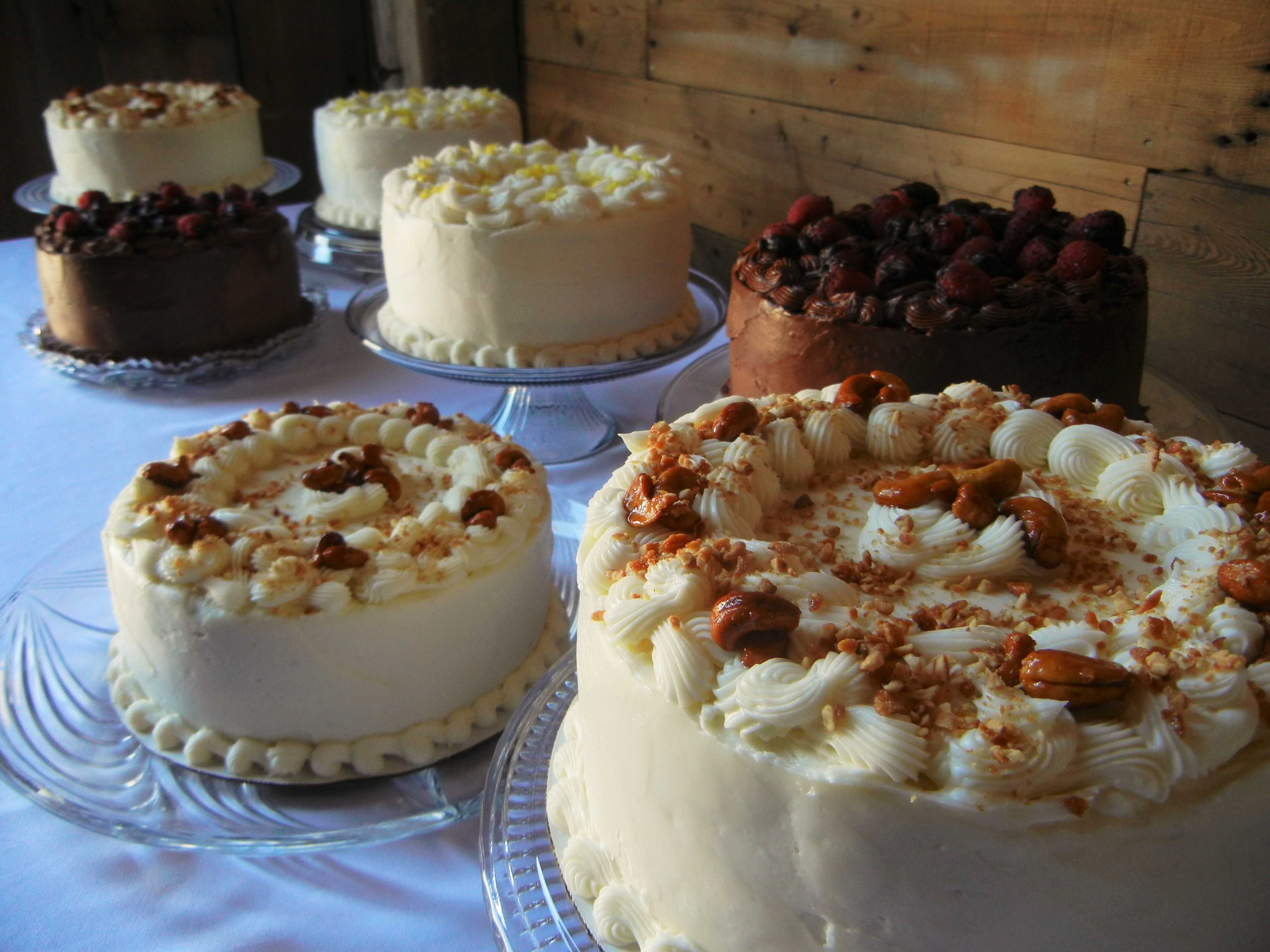 A multi-cake display