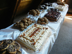 Cakes & cookies for a huge crowd