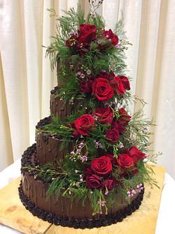 A chocolate Winter wedding