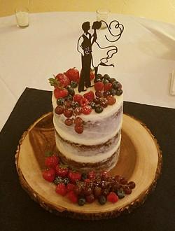 Petite semi-naked cake