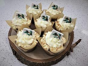 Cashew Ginger cupcakes with handmade _ti