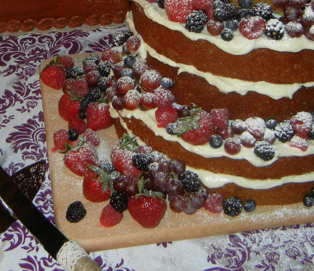 Naked cake close-up
