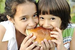 Girls eating (1).jpg