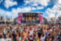 holyship-crowd.jpg