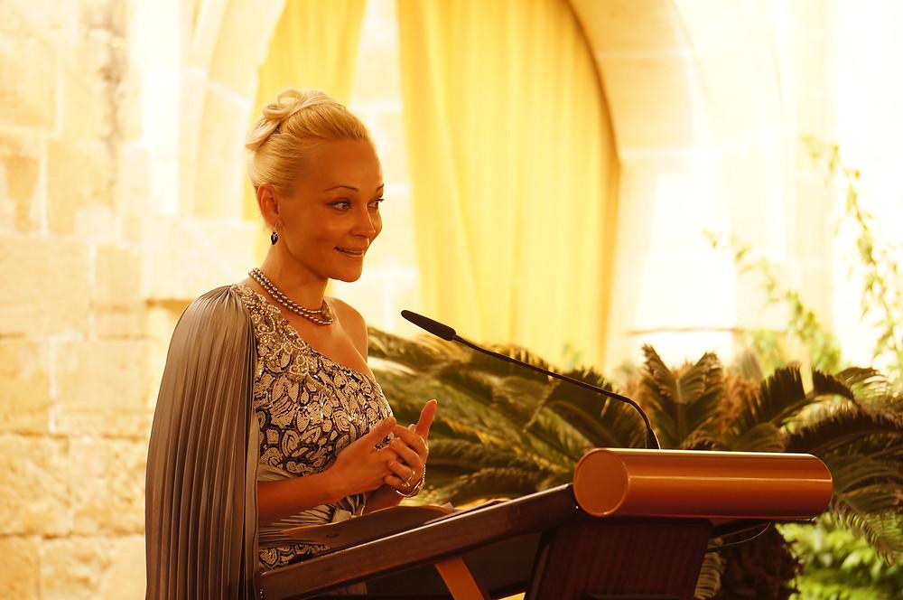 Снежана Бодиштяну на открытие Русской часовни на Мальте