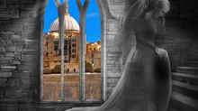 Мифы и легенды Мальты: дама в сером – привидение!