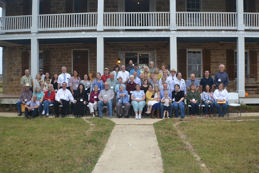 Polley Family Members Gathered at 2017 Reunion in front of the Polley Mansion