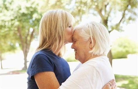 madre-anziana-figlia-adulta_470x305.jpg