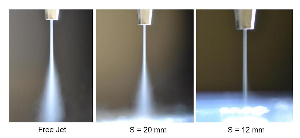基板とノズルとの距離によるミスト状態の違い(Aerosol Science and Technology 論文より)