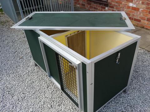 Daison Dog Box Interior