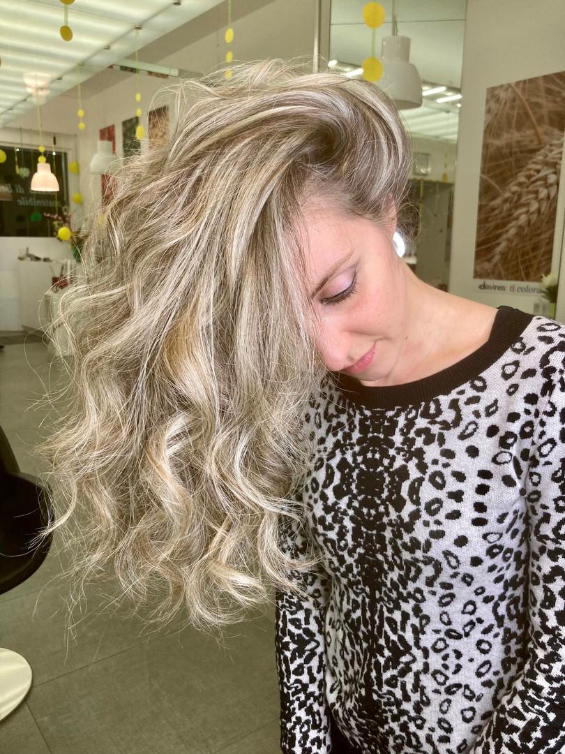 Let's blonde