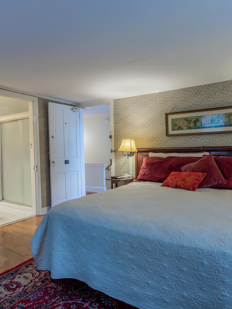 Bedroom 2 - 2nd Floor Rear