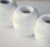 18jJZlqJMy-white-threads.png