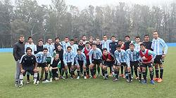 Actividades de fútbol en Buenos Aires, Argentina, Sudamérica – Partido amistoso vs equipo de las inferiores de un club profesional, entrenamiento, torneo