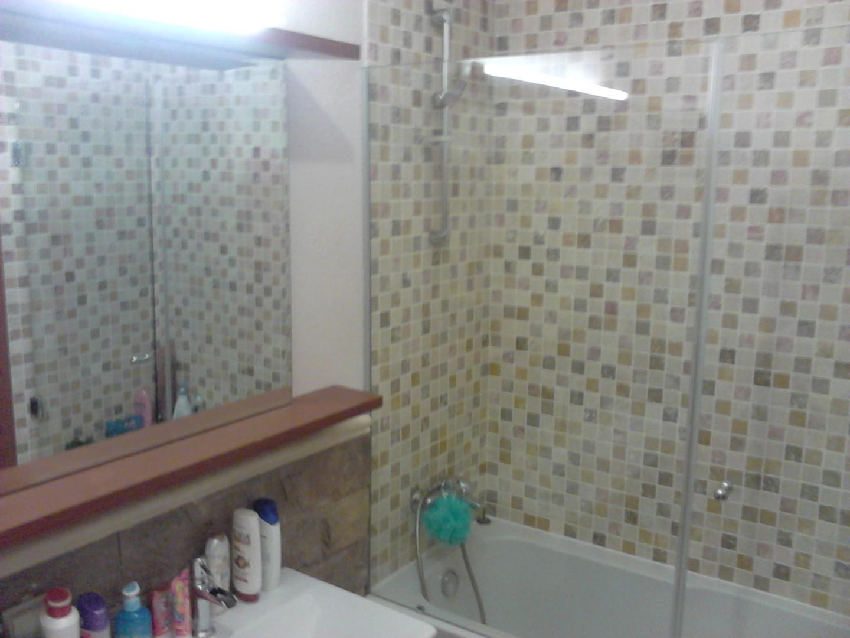 Kare Mozaik Banyo Duvarı