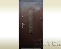 Двери уличные с ковкой и стеклом
