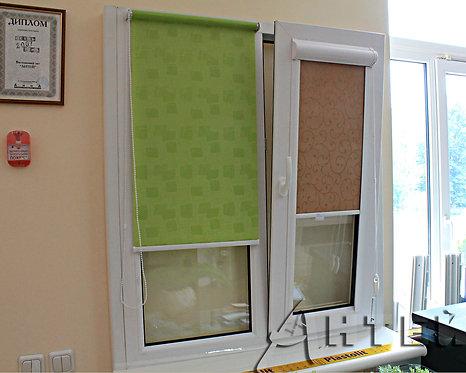 Тканевые ролеты на окна, закрытая система