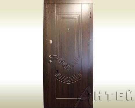 Двери входные квартирные 860*2050мм правые