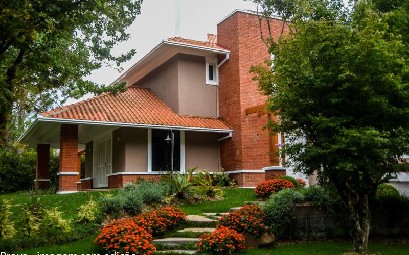 Casa no Condomínio Laje de Pedra