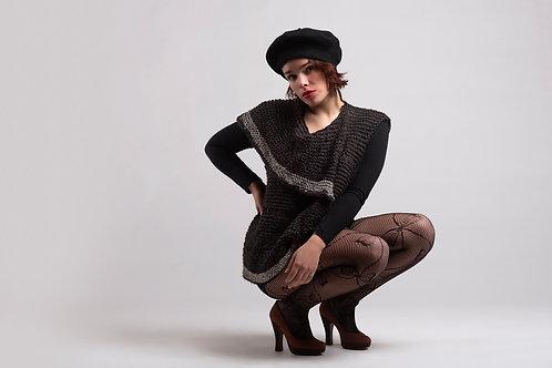 Alpaca's Wool Sweater (Black)