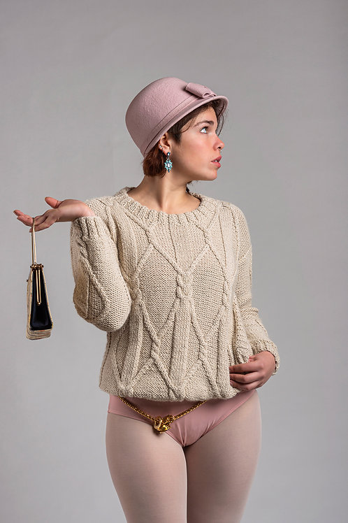 Alpaca's Wool Sweater (Beige)