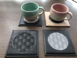 畳表と革のコースター 使用例