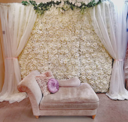 flower wall with curtain