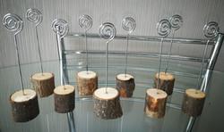 Log spiral table number holders