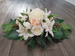 Floral table spray (small)