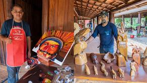 Artistas de Bonito fazem exposição no Rio Sucuri e encantam visitantes