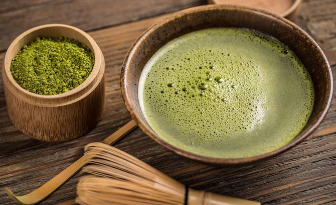 Mindful Matcha Latte Benefits & Recipe