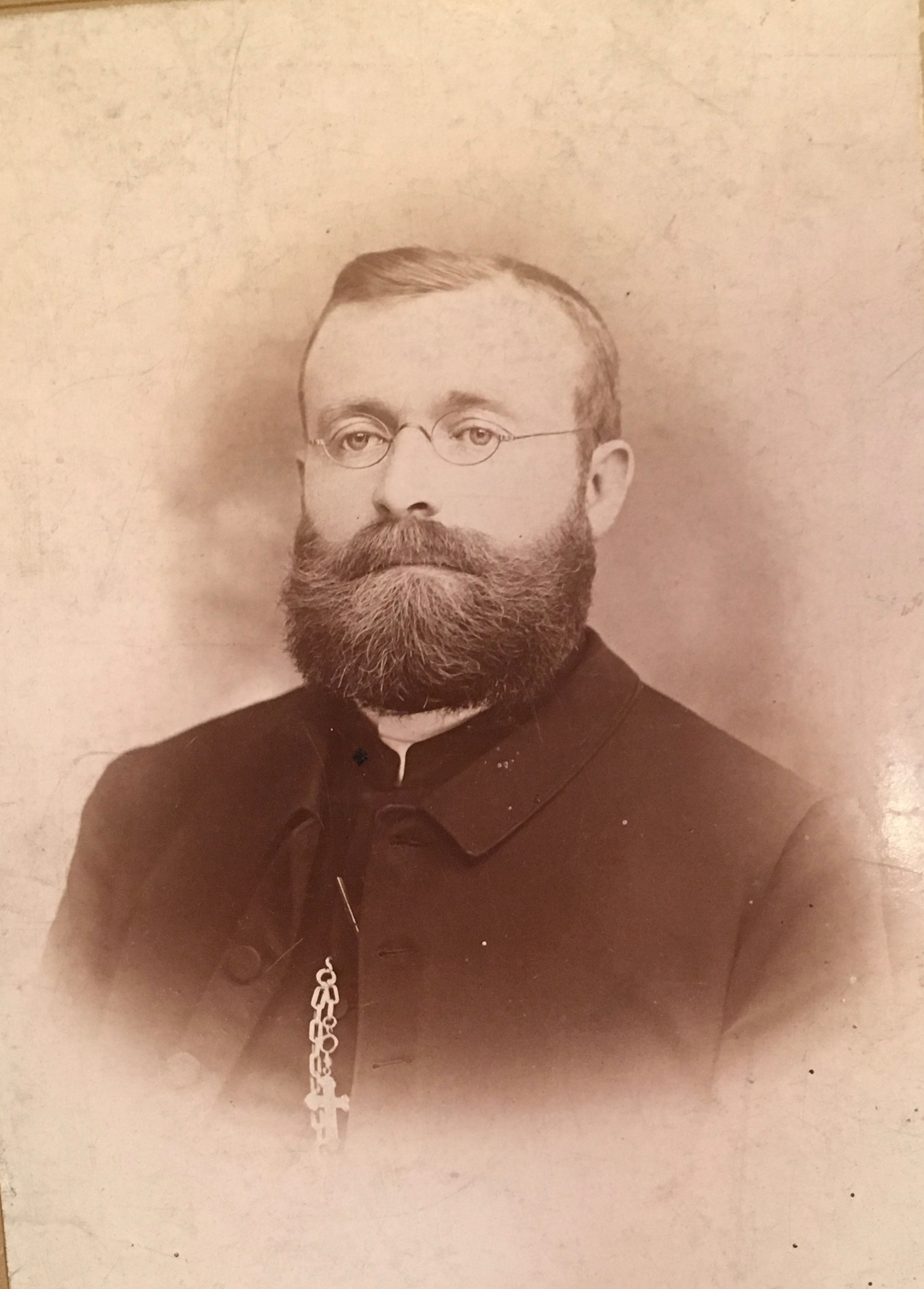 Church founder Rev George Amschler