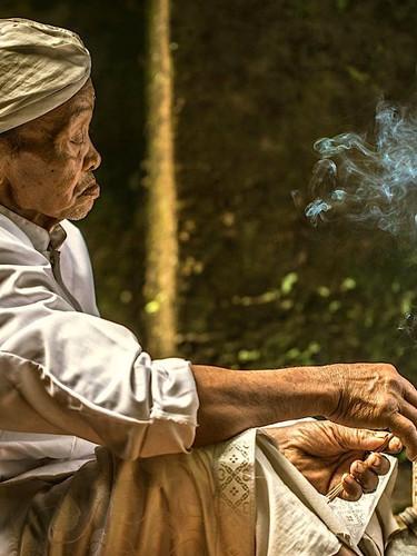 Bali-pretre-soignant-balian.jpg