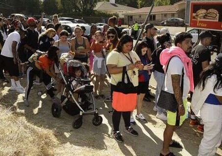 Chris Brown Has A Yard Sale That LAPD Wanted Shut Down