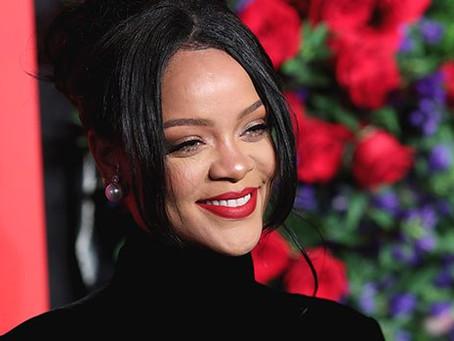 Rihanna's lingerie brand Savage X Fenty is now worth $1 Billion.