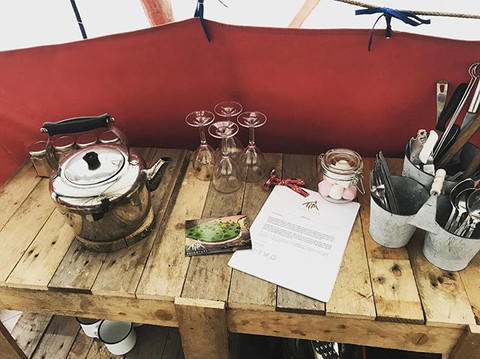 Our pallet kitchens include everything needed for dining alfresco