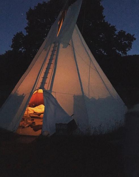 Let's sleep under the stars