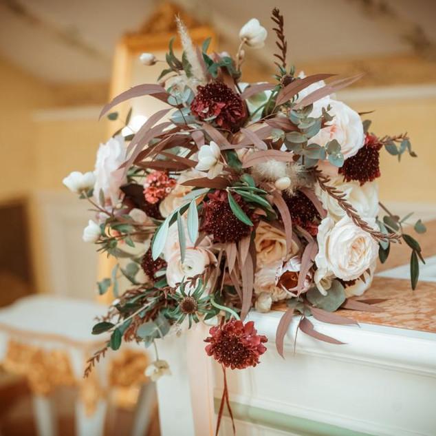 Kytice a květinové dekorace