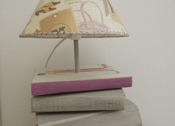 Lampe livres anciens