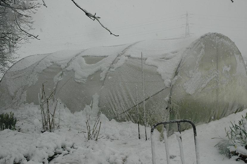 """Serre """"conditions extrêmes""""  larg x4m structure acier renforcé """"bâche enterrée"""""""