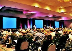 Motivational-Speakers-Corporate-Meetings