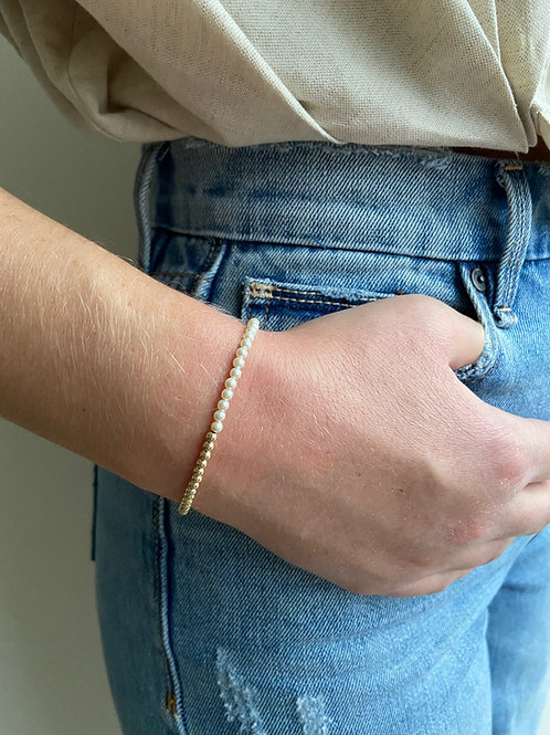 Franca Mini Pearl Gold Beaded Bracelet
