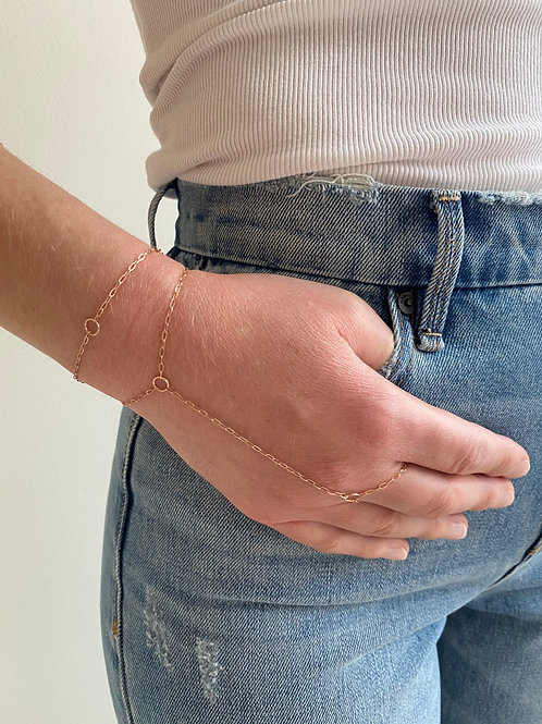 Clypsy Rose Gold Hand Chain