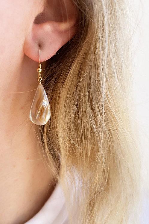 Cascara Pearl Earrings
