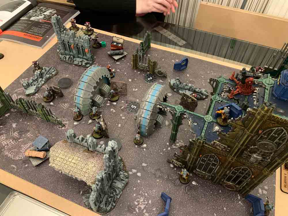 Typical Kill Team 2021 board set up.
