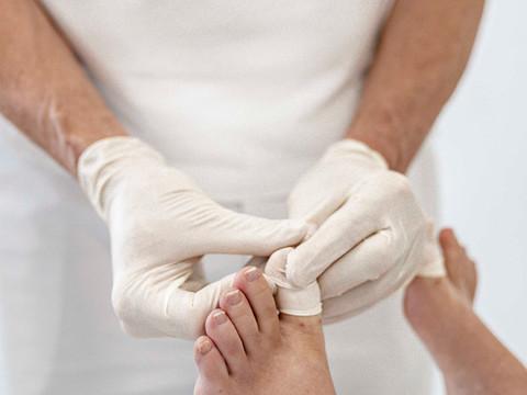 Welche Schmerzen hat man nach der Laserung und wie lange ist der Heilverlauf ?