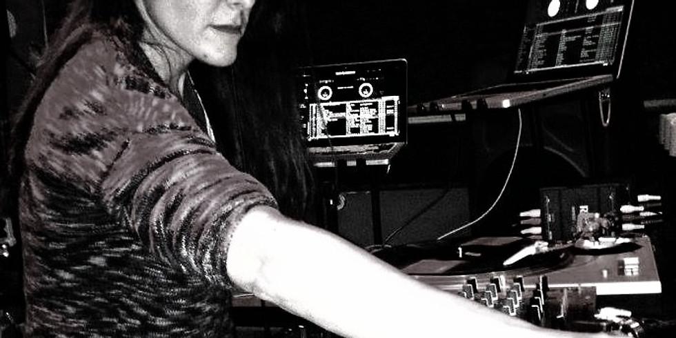 DJ TOVA