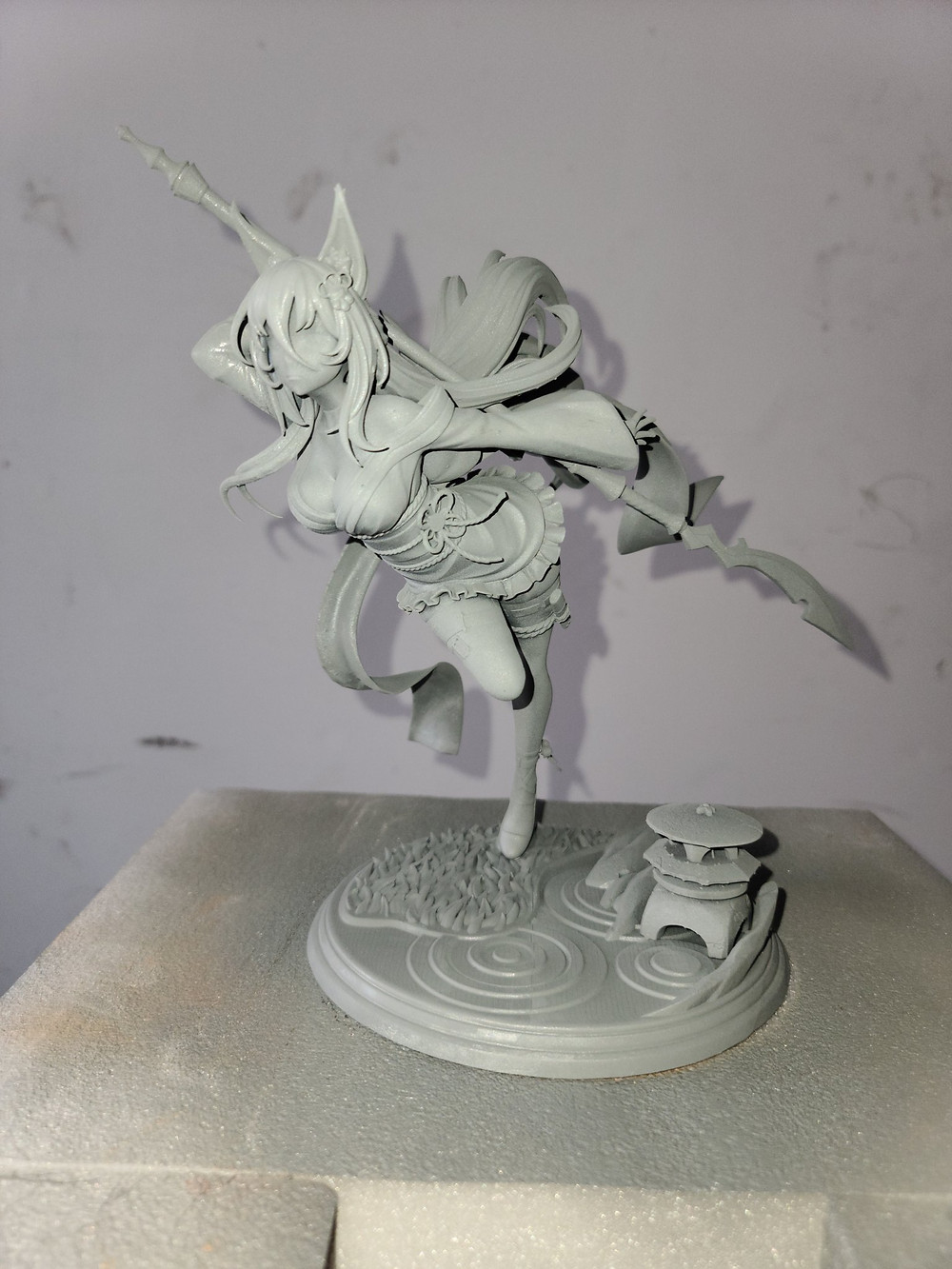 10in Daphne figue (unpainted)